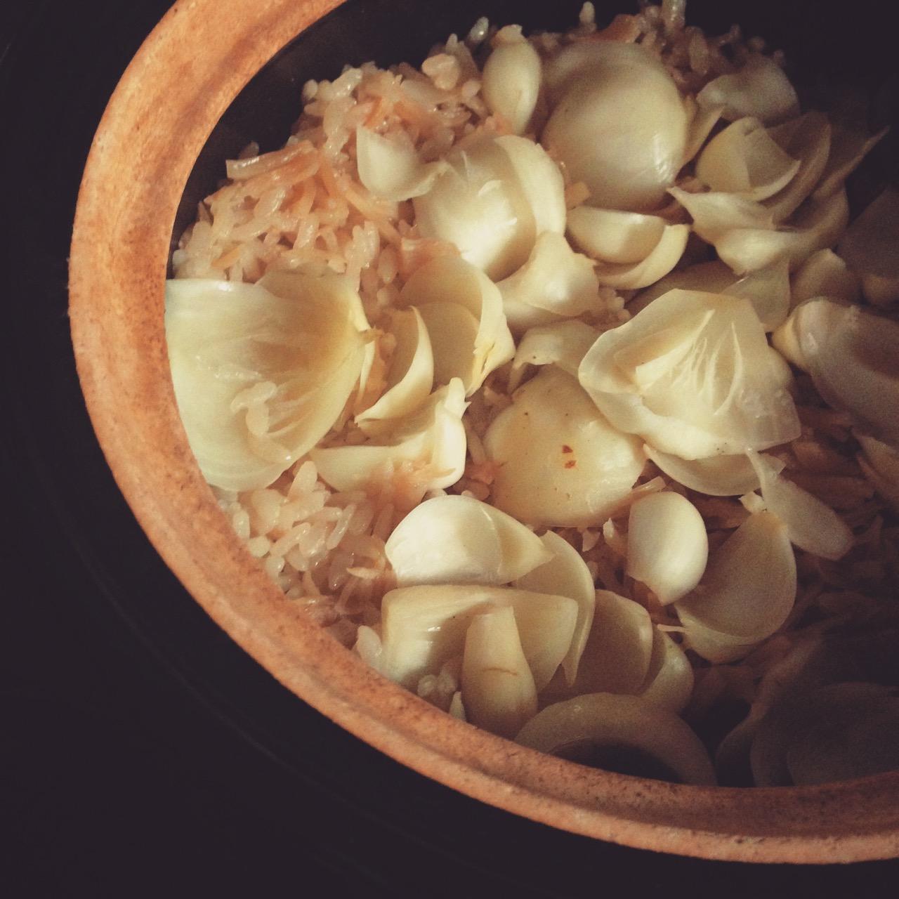女性は大好きなはず♡百合根と干し貝柱のご飯。 百合根には気持ちを落ち着かせて安心させてくれる作用もあります♪